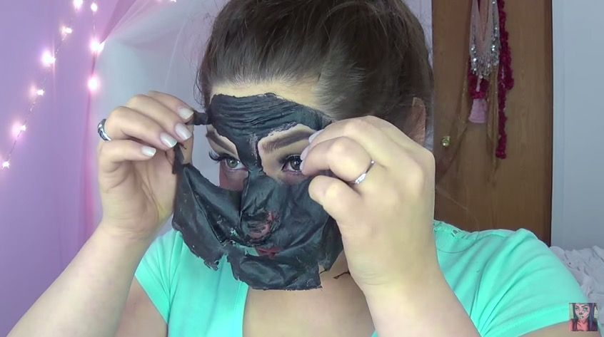 beauty blogger's homemade face mask