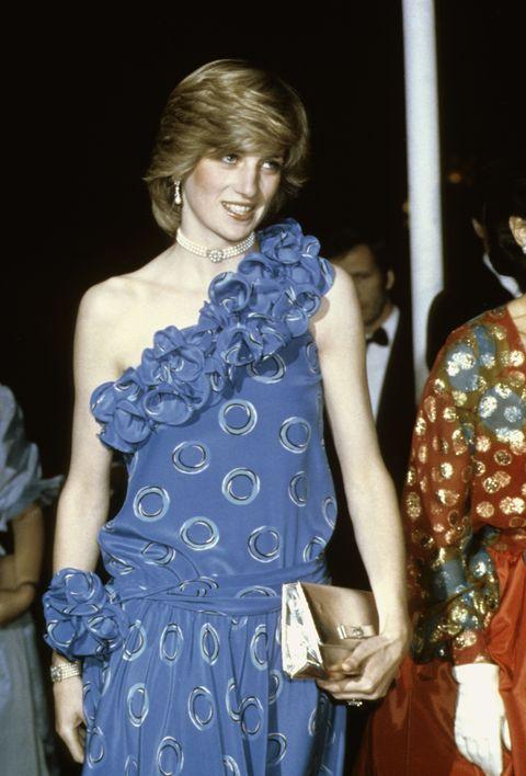 Blue, Clothing, Shoulder, Fashion, Cobalt blue, Fashion design, Dress, Haute couture, Electric blue, Joint,