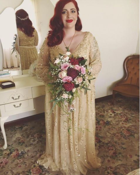 Mon traditional wedding dress ideas for ballsy brides junglespirit Image collections