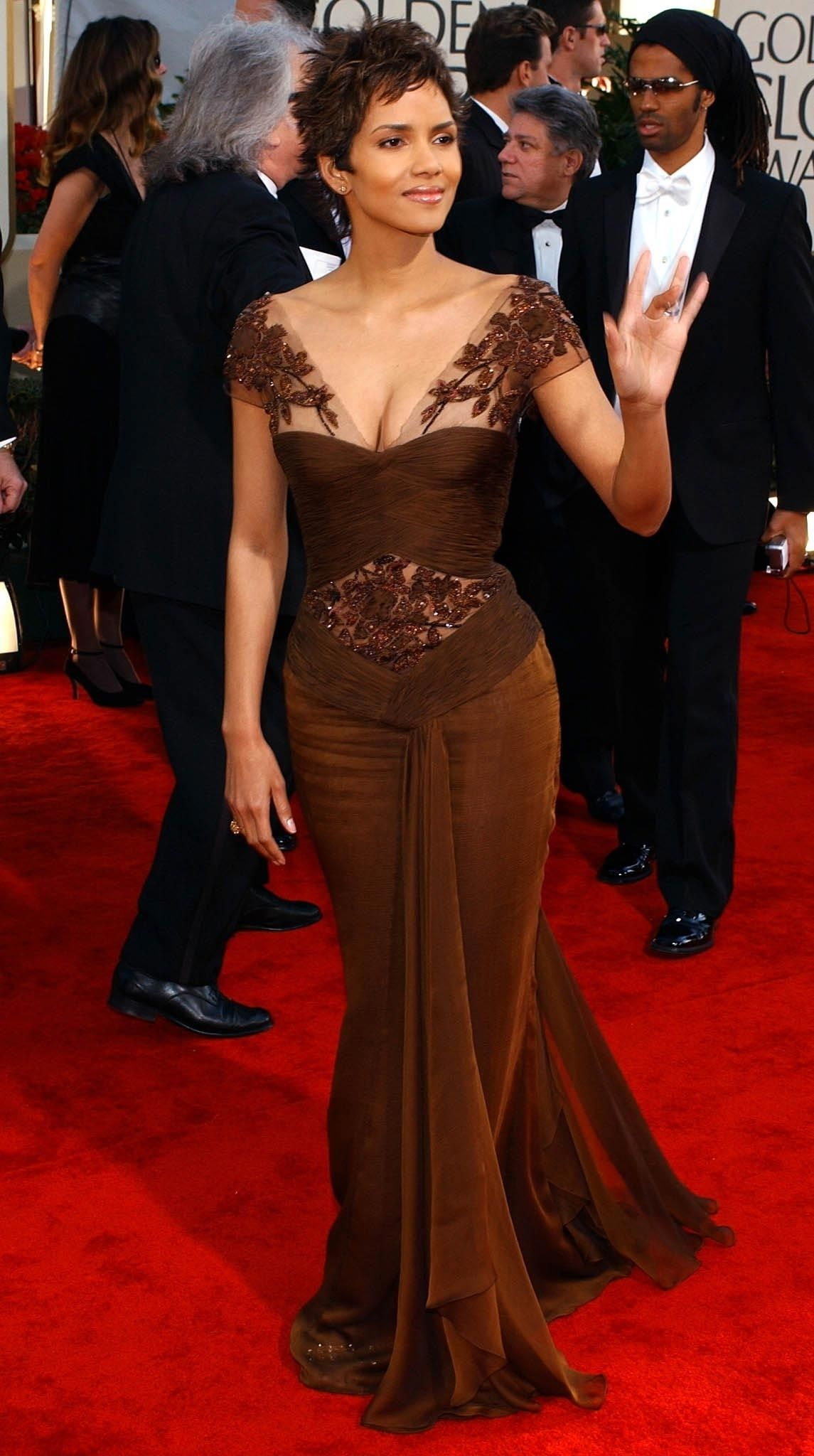 Andie Macdowell Nackt golden globe awards: the most sexy, naked dresses ever on
