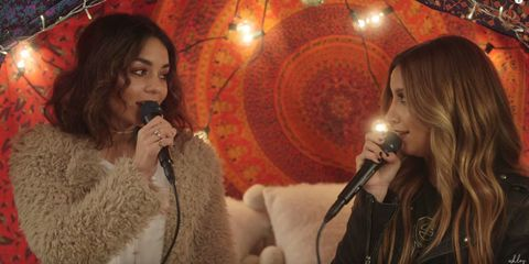 Vanessa Hudgens and Ashley Tisdale have mini HSM reunion with surprise duet