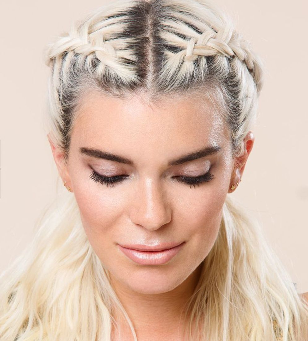 styles for greasy hair hairstyles for greasy hair 12 ways to disguise roots 1672