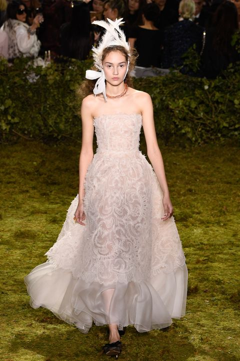 21 Beautifully Ethereal Dresses From Dior S Paris Haute Couture Show