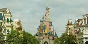 The crazy thing you never knew about Disneyland Paris