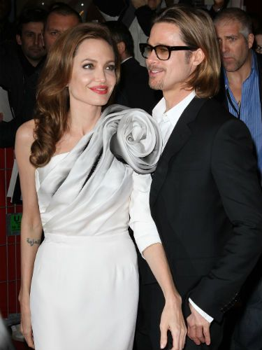 Angelina Jolie and Brad Pitt have to be one of THE most photogenic couples in Hollywood, don't they? Strike that. One of the most photogenic couples in the entire world! And, seven years on, they still look like they're in the giddy honeymoon stage±