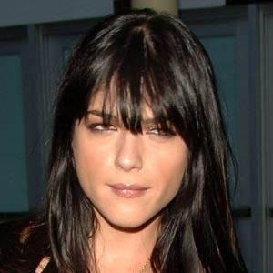 <strong>Selma Blair works the rock-chick look with tousled, eye skimming bangs</strong><br /><br /><br /><ul><li>If you can't get to the salon, you can carefully DIY trim. Slowly cut with small hairdressing scissors, directing them upwards into your fringe, taking little snips at a time. This gradually thins the hair and stops you cutting it too short.</li></ul><br />Photograph: Getty Images
