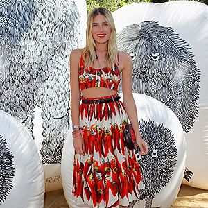 <p>Dree Hemingway brought the sunshine to Mulberry's pool party in her Dolce & Gabbana ensemble. The chillis bralet and midi skirt are from the Dolce & Gabbana SS12 collection and we're loving Dree's addition of flatforms for the perfect summer festival outfit</p>
