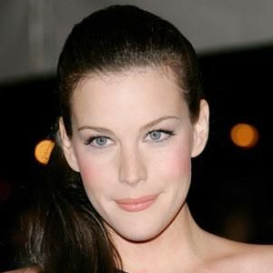 <p><strong>Liv Tyler balances an off-the-shoulder dress with an over-the-shoulder ponytail</strong><br /><br />•   Shockwaves style director Michael Douglas's top tip: make sure your hair colour is kept up to date. This isn't a good look if you have roots showing!</p><p> Photograph: Getty Images <br /></p>