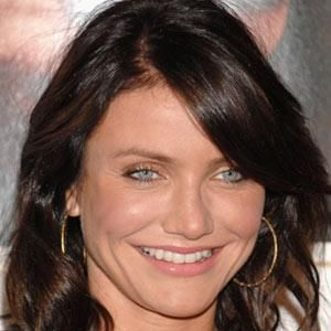<p>A deep cocoa shade makes Cameron Diaz's eyes dazzle<br /></p><ul><li>Remember that changing your hair colour drastically means you'll have to rethink everything, from your clothes to the shade of foundation you wear. So don't go into this half-heartedly!<br /><br /></li></ul>Photograph: Getty Images<br /><p> </p>