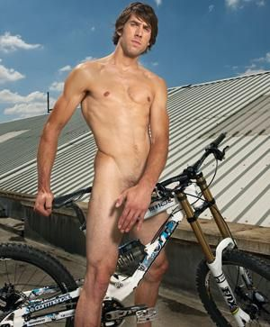 "<p>World champion mountain biker Gee, 24, sets our pulses racing</p>  <p>Watch the <a href=""men/cosmo-naked-centrefold-video-gee-atherton/video"">video</a> of this centrefold's photoshoot</p>"
