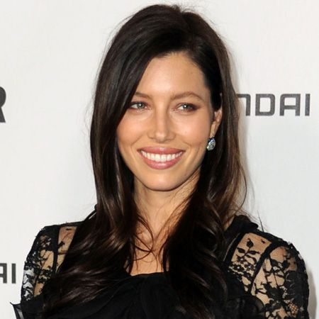 <p>There's no easier way to give your look an update than with a fresh new hairstyle and, as these celebs show, the new season is the perfect time to do it...</p>  