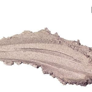 <strong>Barbara Daly Makeup For Tesco Mousse Eyeshadow in Driftwood, £5<br /><br /></strong>Smudge this shimmering mousse in sheer fawn over lids to instantly brighten and add definition.<br />