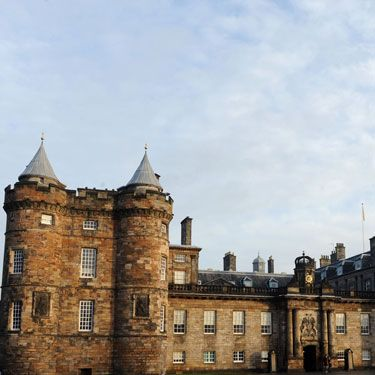 <p>Zara: Edinburgh, Scotland</p>
