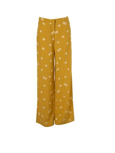 "<p>Keep on trend with these mustard wide leg trousers. With the cute daisy print everyone will want to get their hands on a pair</p><p>£45, <a href=""  http://www.topshop.com/webapp/wcs/stores/servlet/ProductDisplay?beginIndex=0&viewAllFlag=&catalogId=33057&storeId=12556&productId=2515784&langId=-1&categoryId=&searchTerm=mustard&pageSize=20  "">topshop.com</a></p>"