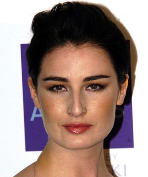 <p> <br />Hair length: Short  </p><p>Hair style: Root volume</p>      <p>Hair icon: Erin O'Connor<br /></p><p> <br />Strong-hold gel gives extra height</p>