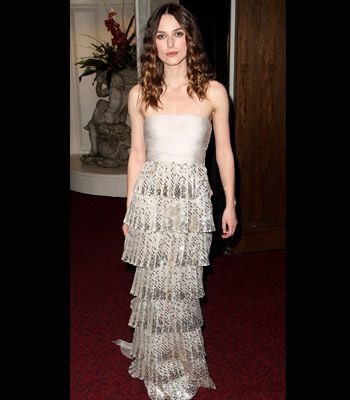 Keira was stunning in a tiered, grey Valentino couture strapless gown.