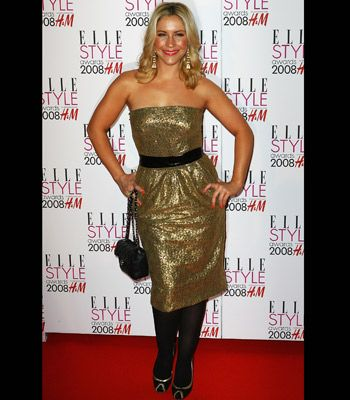 Sugababe Heidi Range went for gold at the Elle Style Awards in a mid-length metallic strapless teamed with black accessories.