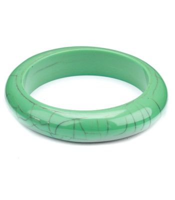 "<strong>Winner: </strong><a target=""_blank"" href=""http://www.accessorize.co.uk"">www.accessorize.co.uk<br /></a><strong><br />Cracked Turquoise bangle £6</strong><br /><br />"
