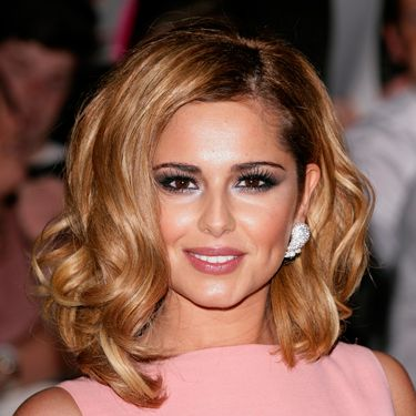 "<p><strong>Why her hair colour is so hot? </strong> Cheryl's new look this season starts with her hair as she moves away from the dark browns and crisp, sassy reds to softer, autumn colours. ""Her new golden Titian colour adds depth to her skin and compliments her bold hair cut perfectly,"" says Thomas McMillan of Cox McMillan salons. </p>