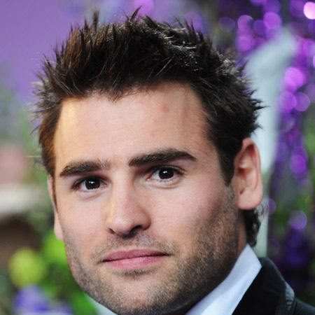 Another saucepot from the Hollyoaks pool of fitties, Stuart just revs up the eye candy count in the soap with his oh so cute looks.  <br />