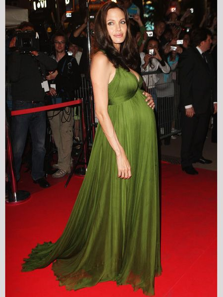 The expectant mother glowed in a gorgeous green maxi dress  <br />