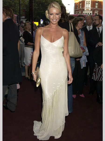 Looking more Hollywood screen siren than Basildon babe, the star was the cream of the crop at 'The Woman in White' premiere back in 2004<br /><br />