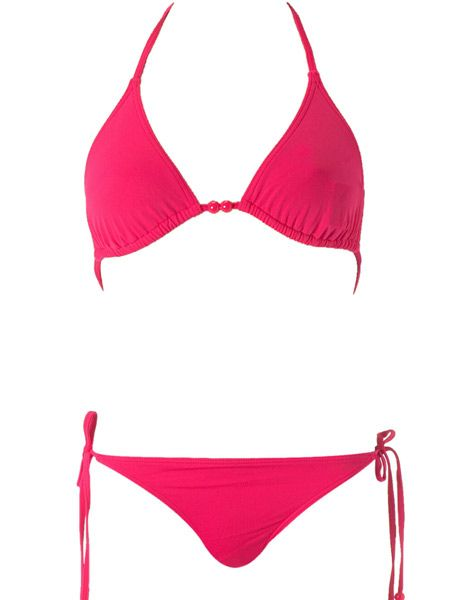 "Super stylist Gok Wan thinks 'Petite Princesses' will benefit from a bold bikini such as this one:<br /><br />""Colour compliments your natural body shape if you are in proportion - just keep the colour bold and the same up top as down below. If you have a smaller chest, you can always change the top for a patterned version.""<br /><br /><strong>Hot pink bikini top, £5 and bottoms, £5, both <a target=""_blank"" href=""http://www.dorothyperkins.com/webapp/wcs/stores/servlet/ProductDisplay?catalogId=20552&storeId=12552&categoryId=119924&parent_category_rn=116474&productId=495009&langId=-1"">Dorothy Perkins</a></strong><br /><br />"