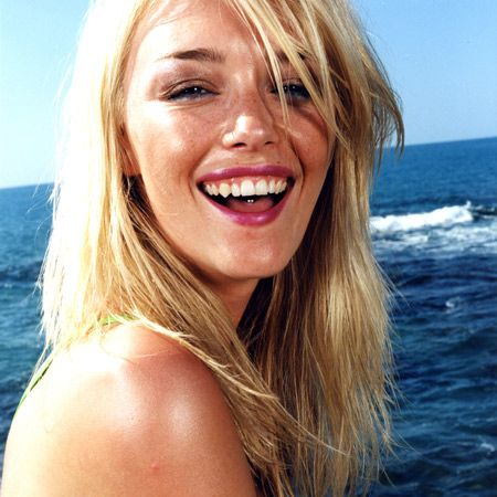 All hail the summer hair care heroes that help put the alluring into the alfresco.  <br />