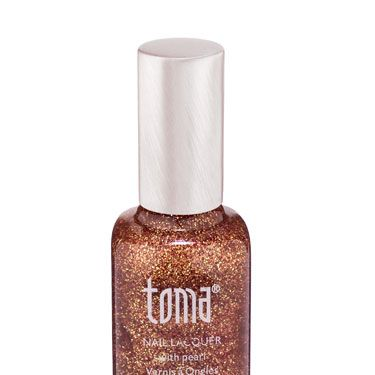 <p>Toma nail polish is one of the most dazzling polishes we've tried - like a rave on your fingertips! One coat is enough but add two for double the wow-factor - you'll catch everyone's eyes guaranteed </p>