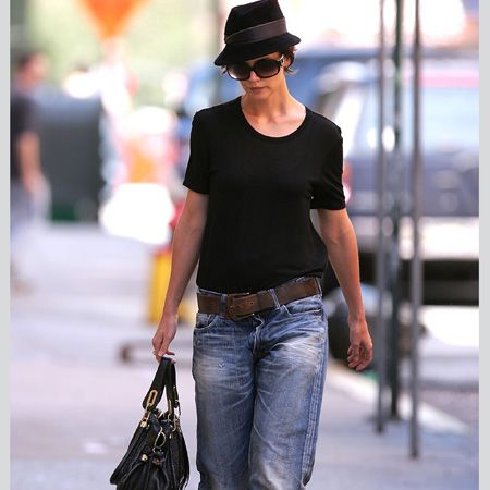 <p>Ms Cruise has been pioneering the baggy trend and rumour has it she borrows them from Tom. Whist we hope that's where their clothes-swapping habits end, we must admit the girl wears them well</p>  <p> </p>