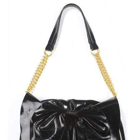 <p> </p><p>Start saving now for this season's brilliant and beautiful bags! Cosmo has banished the boring and hunted down the hottest handbags on the highstreet. From shiny leather to patchwork and faux snakeskin to studded straps,  here's the statement handbags your arms have been waiting all summer for </p>