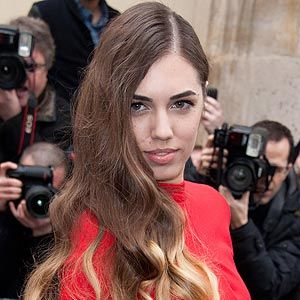 <p>Amber Le Bon looked absolutely stunning at the Christian Dior show at Paris Fashion Week. Apparently she gets frustrated with her modelling agency because she wants to try wacky hairstyles but they won't let her. Rubbish! We say the wackier the better. We love the ombre hair though – so cute!</p>
