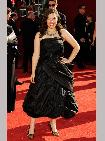The Ugly Betty star was a la <em>Mode</em> in a vintage black ruched frock