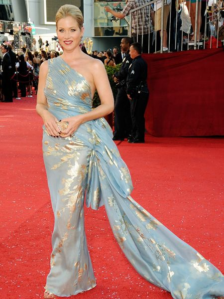 <p> Star of the red carpet was actress Christina Applegate who recently revealed she had beaten breast cancer after undergoing a double mastectomy. The 36-year-old looked stunning in a blue and gold silk one shoulder dress from Reem Acra, perfectly accessorised with Jimmy Choos and bright red lips.</p>