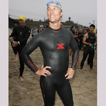 Girls of a sensitive disposition, avert your eyes! He was once a Hollywood heartthrob, and now he's reduced himself to a wetsuit wally.  <br />