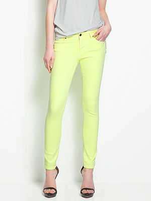 9f4a7c02359b  p Maybe the most practical trouser shape to wear in the rain would be