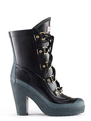 "<p>These are THE wellies for this weather, fashionistas...</p> <p>£125, Gabby, <a title=""Hunter boots"" href=""http://www.hunter-boot.com/gabby/black"" target=""_blank"">Hunter Boots</a></p>"