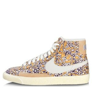 """<p>Oh wow, these perfect flatties are the perfect way to play with print!</p><p>Nike Liberty print trainers, £75, <a title=""""Office"""" href=""""http://www.office.co.uk/mens/nike/blazer_mid/21/2368/31644/1/1?fs=2368"""" target=""""_blank"""">Office</a></p>"""