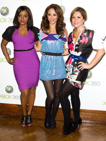 The Sugababes added some exuberance to our drab winter with their brightly coloured frocks at the New Xbox Experience Launch Party held at the Bloomsbury Ballroom, London. The 'babes played a set to an intimate 400-strong crowd at the exclusive party, hosted by George Lamb.<br />