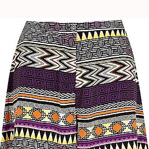 """<p>Tap into this season's tribal trend with this printed pair of shorts. Team with a fitted blazer and strappy flats for a chic city look.<br /><br />Aztec print shorts, £30, <a title=""""http://www.riverisland.com/Online/women/shorts/smart-shorts/purple-aztec-print-shorts--622579"""" href=""""http://www.riverisland.com/Online/women/shorts/smart-shorts/purple-aztec-print-shorts--622579"""" target=""""_blank"""">River Island</a><br /><br /></p>"""
