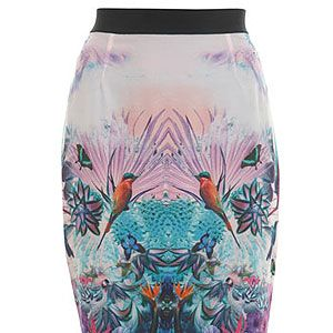 """<p>This bird print pencil skirt is the perfect day-to-evening wear. Pair with a simple white tee and ballet pumps for a sophisticated day look, then swap the pumps for some killer heels to dance the night away.</p><p>Bird pencil skirt, £46, <a title=""""Miss Selfridge"""" href=""""http://www.missselfridge.com/webapp/wcs/stores/servlet/ProductDisplay?beginIndex=0&viewAllFlag=&catalogId=33055&storeId=12554&productId=5818492&langId=-1&sort_field=Relevance&categoryId=208023&parent_categoryId=208022&pageSize=200"""" target=""""_blank"""">Miss Selfridge</a></p>"""