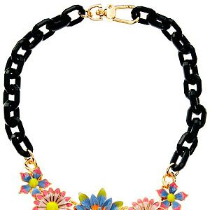 <p>This statement necklace will be your must-have summer accessory this season! It's garden flower design is just too pretty to be ignored and will definitely have people admiring your flower patch!</p>