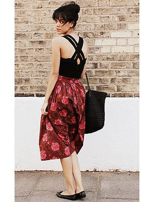 """<p>Jazmine from London prefers to shun the high street in favour of second-hand pieces. Here she demonstrates a classically effortless look that's perfect for those hot summer days. VO5 loves the way Jazmine's volumised messy bun and sleek fringe bring the whole look together.</p> <p>CLICK <a title=""""Cosmo and VO5 Style Search"""" href=""""Visit%20cosmopolitan.co.uk/cosmoV05style"""" target=""""_blank"""">HERE</a> TO ENTER THE COSMO & VO5 STYLE SEARCH NOW!</p>"""