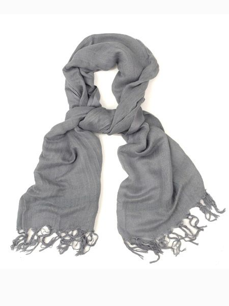 "Luxury linen-mix scarf, £80, <a target=""_blank"" href=""http://www.bunnyhug.co.uk/fashionshop/"">www.bunnyhug.co.uk</a><br /><br /><strong>COSMO OFFER:</strong> Bunny Hug is offering 20% off everything during the month of Jan. Simply quote 'Cosmo20' at the checkout.<br />"