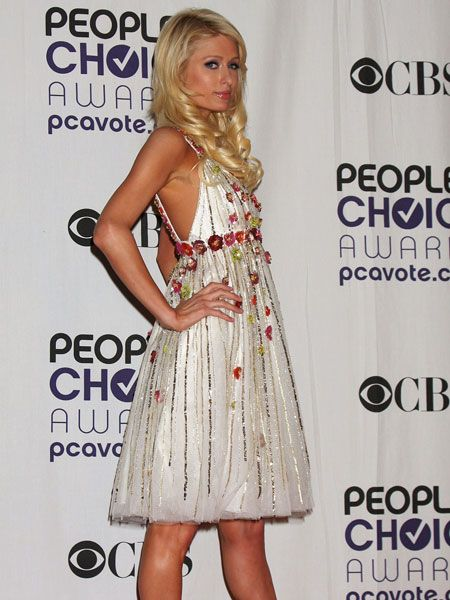 Paris Hilton didn't win anything (was she even nominated?) but still looked like a star in a cute, floral dress<br /><br />
