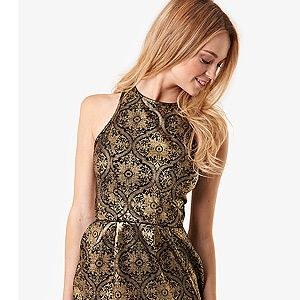 <p>Brocade is, like, EVERYWHERE this season, and you've got to be in it to win it. So why not slip into this cheap-as-chips structured style from Fashion Union? For just £22, you'd be cray cray not to!</p>