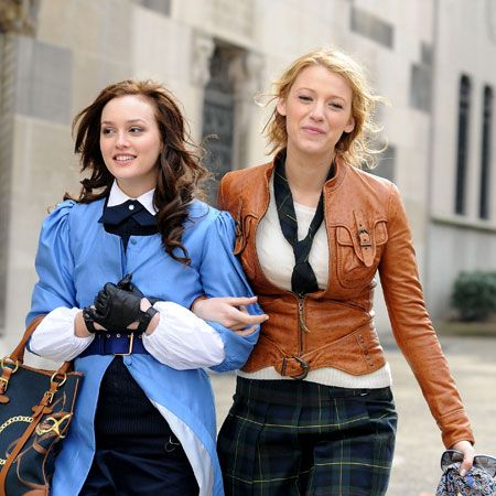 Despite the cute boys, gossip, intrigue and plenty of sex scandals&#x3B; lets face it, the real reason we watch Gossip Girl is for the fashion. Blair vs. Serena - whose style do you prefer? Check out all these photos - you know you love me. X.O.X.O  <br />