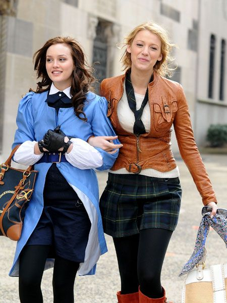 Despite the cute boys, gossip, intrigue and plenty of sex scandals; lets face it, the real reason we watch Gossip Girl is for the fashion. Blair vs. Serena - whose style do you prefer? Check out all these photos - you know you love me. X.O.X.O  <br />