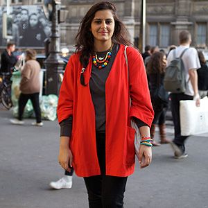 <p><em>Jewellery designer</em></p>