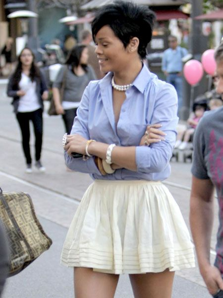Rihanna was seen wearing a thigh skimming skirt as she went for lunch at The Grove with friends in LA. The leggy star spent the day shopping in boutique after boutique before heading home with bags of shopping  <br />